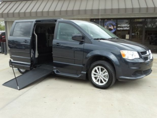 photo of 2014 Dodge Grand Caravan Passenger Sxt Minivan 4d Adaptive Mobility Systems