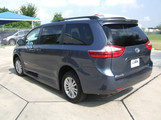 for sale texas pasadena 2015 new toyota sienna xle mobility vehicle wheelchair vans. Black Bedroom Furniture Sets. Home Design Ideas