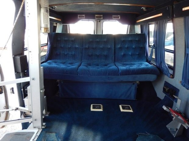 For sale texas lubbock 1991 used choose ford econoline for Hayes motors lubbock tx