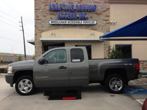 Mobility Van Dealers Tx >> For Sale Texas Houston : 2011 Used Chevrolet 1500 Lt 4x4 Mobility Vehicle | Wheelchair Vans ...