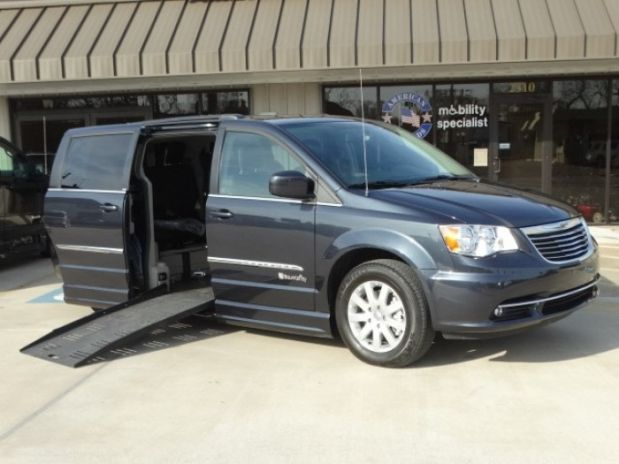 photo of 2014 Chrysler Town & Country Touring Minivan 4d Adaptive Mobility Systems