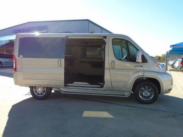 Handicap vans for sale in florida buy or sell used autos for Wheelchair accessible homes for sale in florida